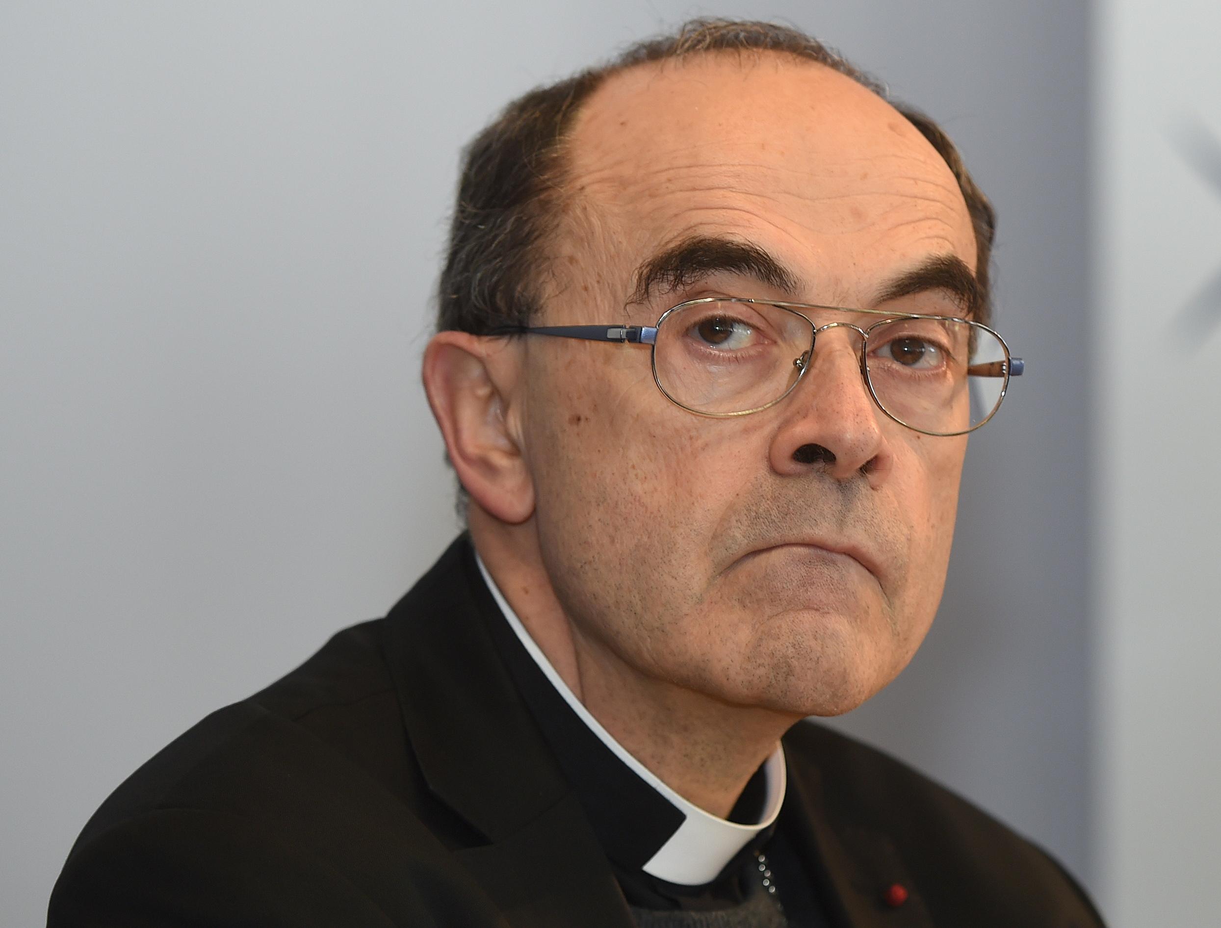 Lyon : le cardinal Barbarin devrait être jugé en janvier pour non-dénonciation d'agressions sexuelles