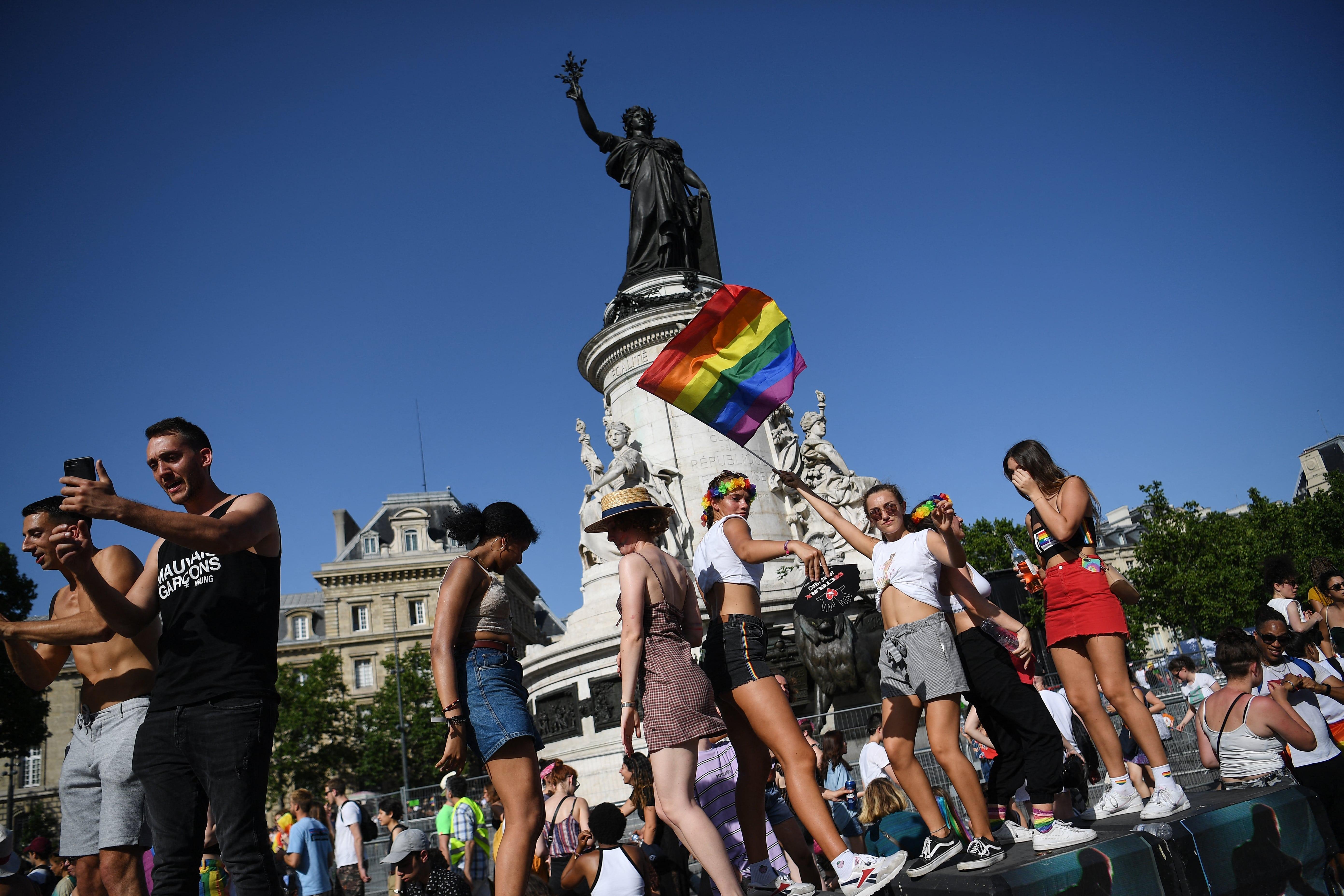 site pour rencontre gay pride à Saint Dizier