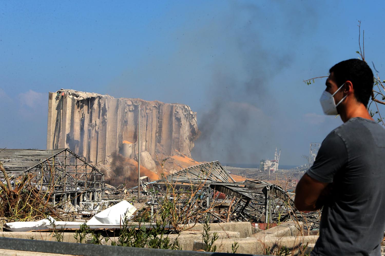 DIRECT - Explosions à Beyrouth : au moins 16 fonctionnaires du port en détention