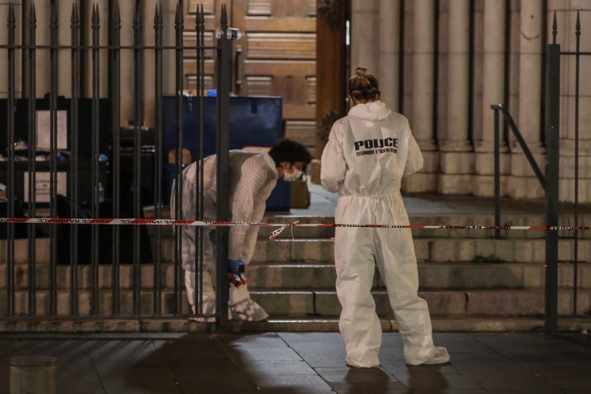 Attentat de Nice : une photo du tueur de Samuel Paty retrouvée dans le téléphone de l'assaillant