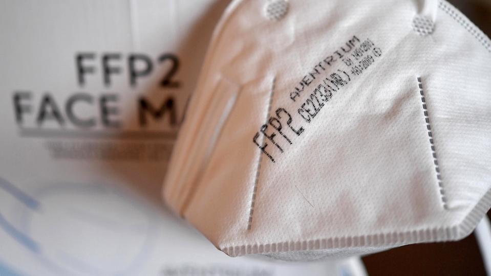 Coronavirus : l'Autriche et la Bavière imposent les masques FFP2 dans les transports et commerces