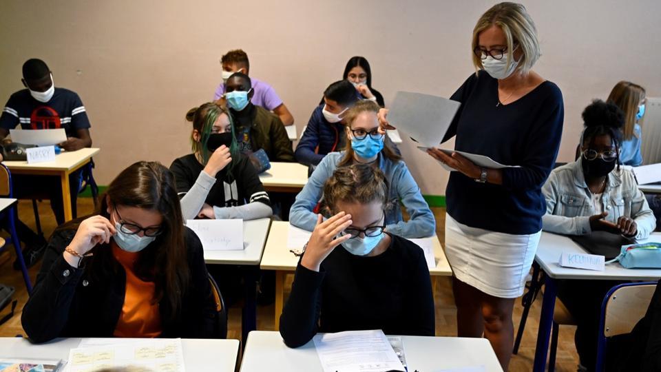 Reconfinement : pourquoi les écoles resteront ouvertes