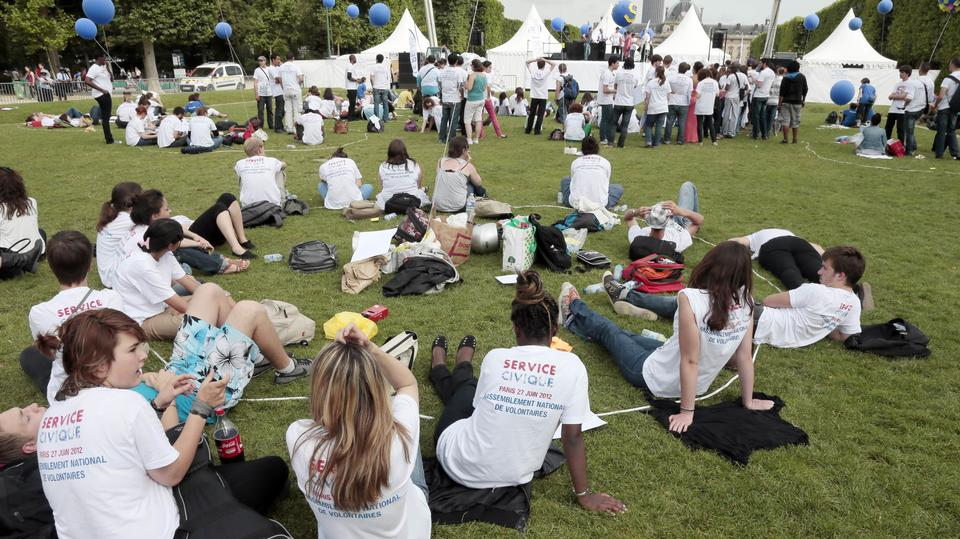 Emploi des jeunes : les 4 mesures du plan du gouvernement
