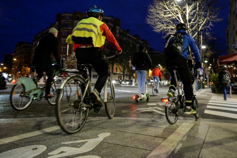 Sécurité routière: le nombre de décès sur les routes en baisse en septembre, mais pas pour les cyclistes