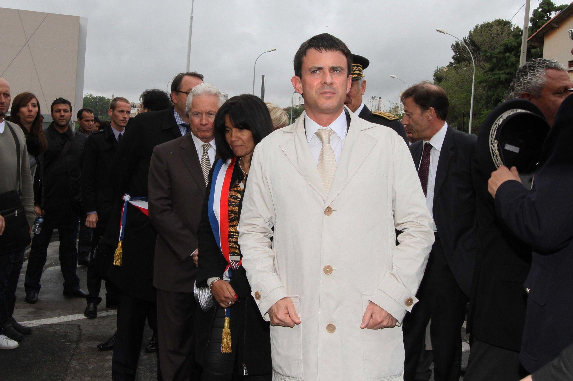 Manuel Valls  lhomme aux mille tenues (et cravates)