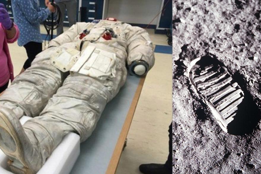 À droite, photo du costume de Buzz Aldrin ©Phil Plait. À droite, le pas d'Aldrin sur la Lune ©Nasa