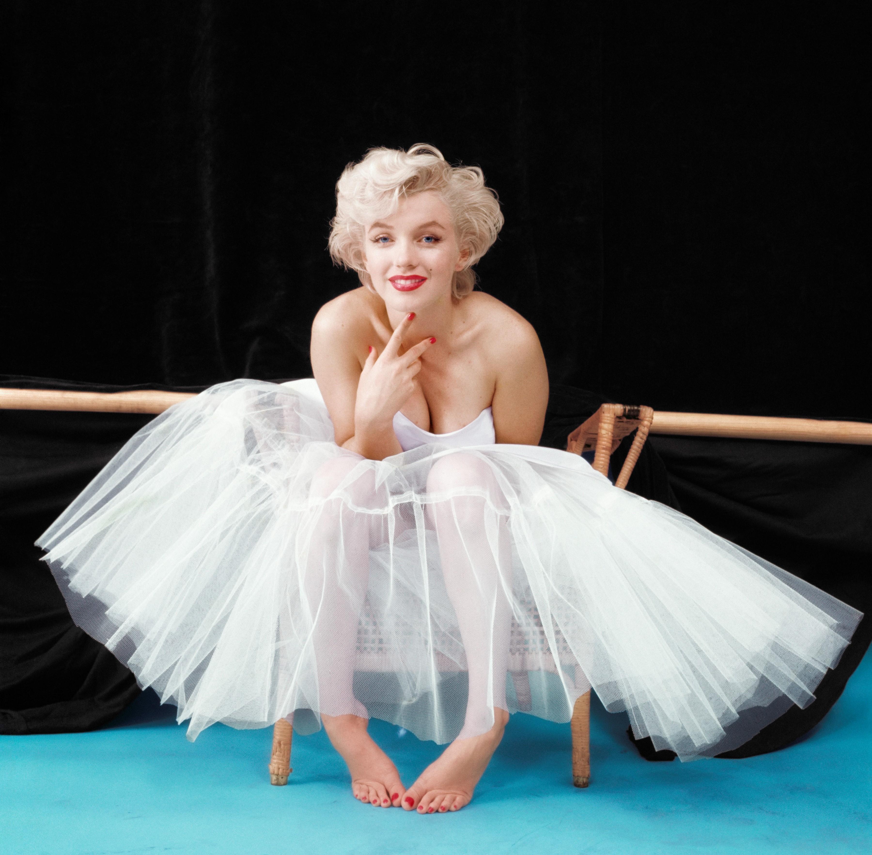 marilyn_monroe-milton_greene-ballerina_5d23539b75162.jpg