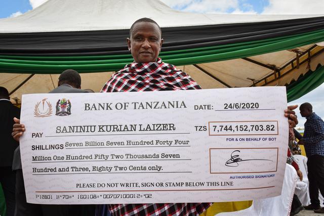 Tanzanie: un homme devient millionnaire en découvrant de grosses pierres précieuses