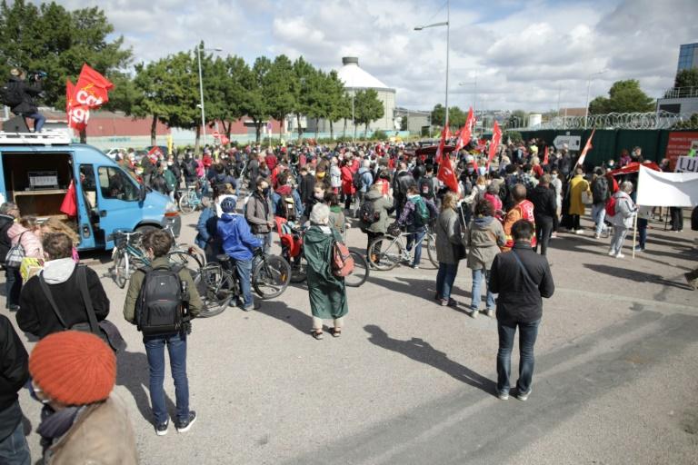 Lubrizol : une manifestation organisée à Rouen pour le premier anniversaire de l'incendie de l'usine