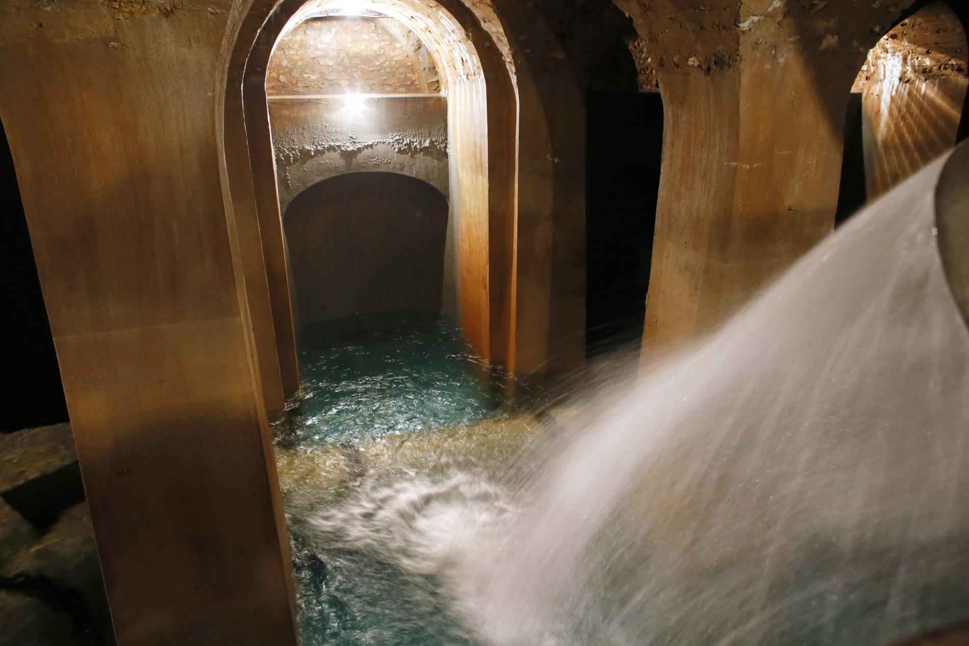 D'où vient l'eau potable de Paris ?   www.cnews.fr