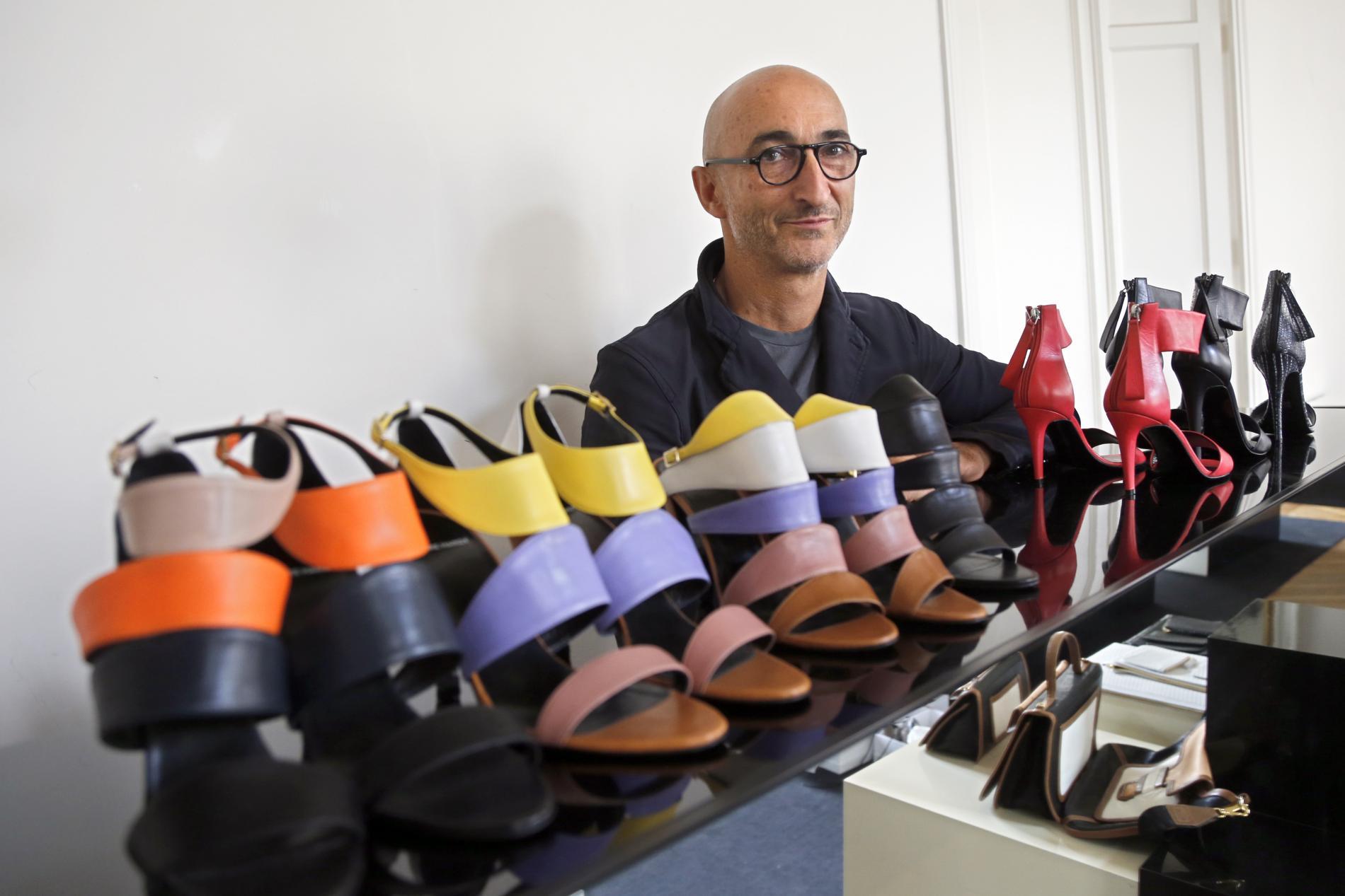 La HardyLes Arts Chaussure À Appliqués Pierre IEW92HD