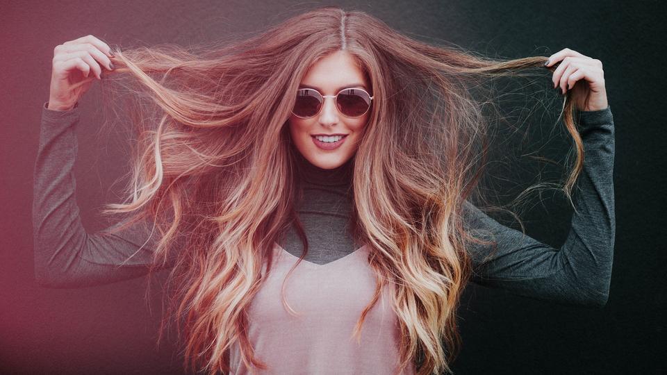 Faire repousser ses cheveux plus vite : 5 astuces qui marchent | CNEWS