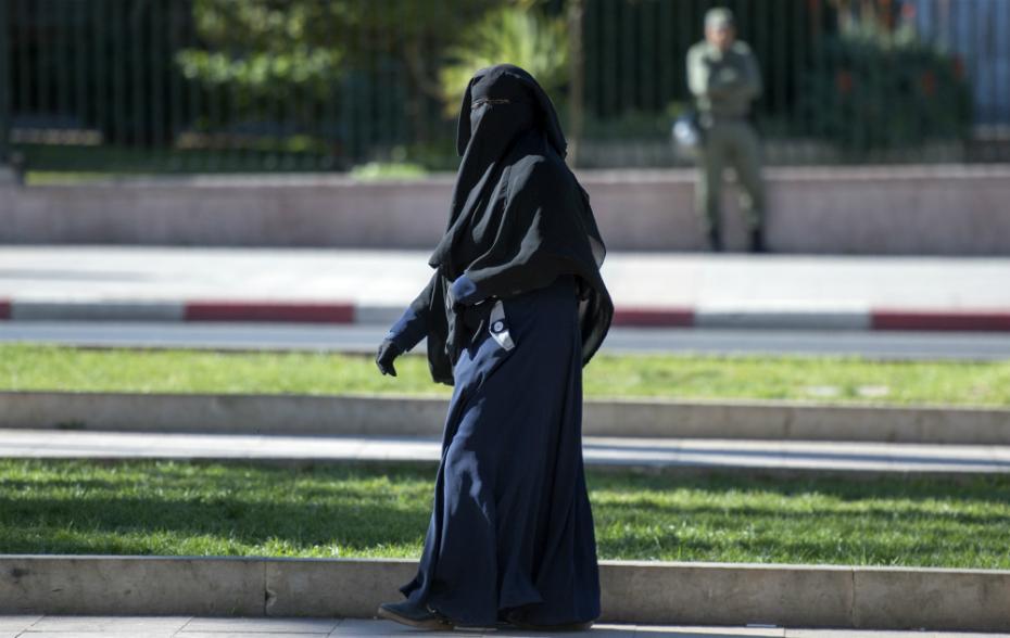 L'ONU voudrait remettre en cause l'interdiction de porter la burqa en France