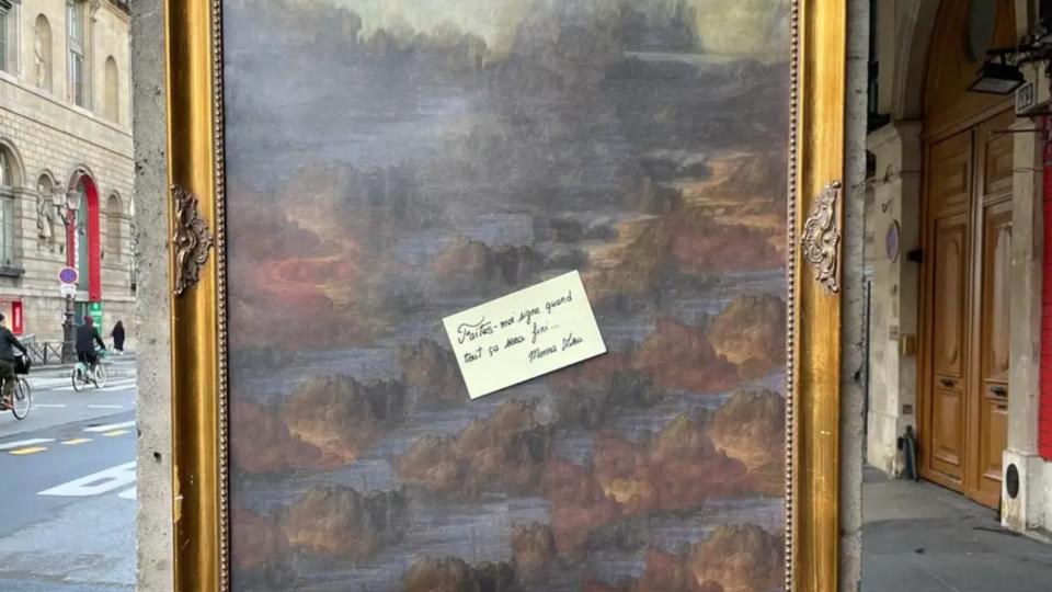Fâchée par la fermeture des musées, La Joconde quitte le Louvre et son tableau - CNEWS