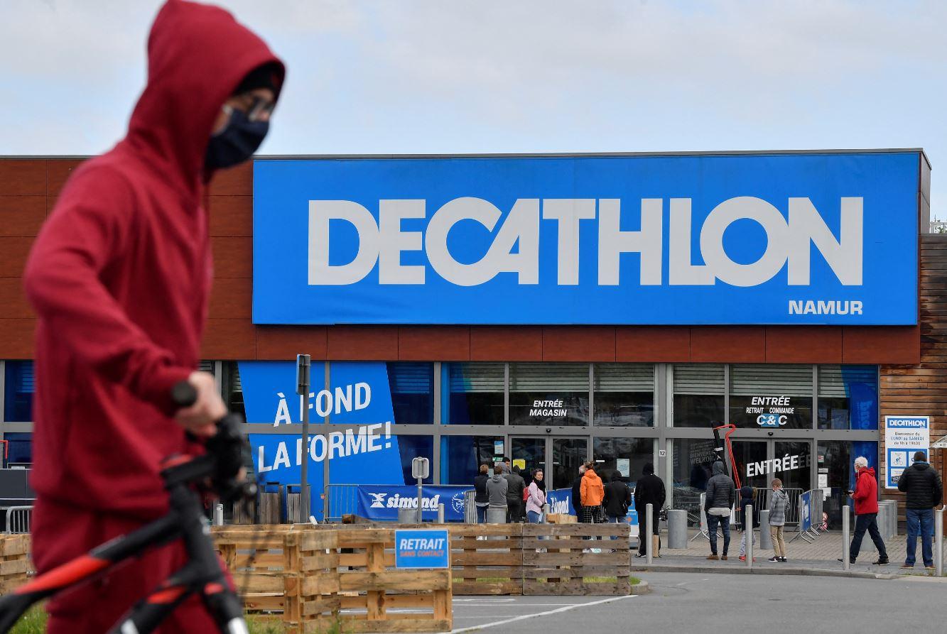 Decathlon va produire un masque pour le sport - CNEWS