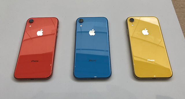 iphone_xr_back.jpg