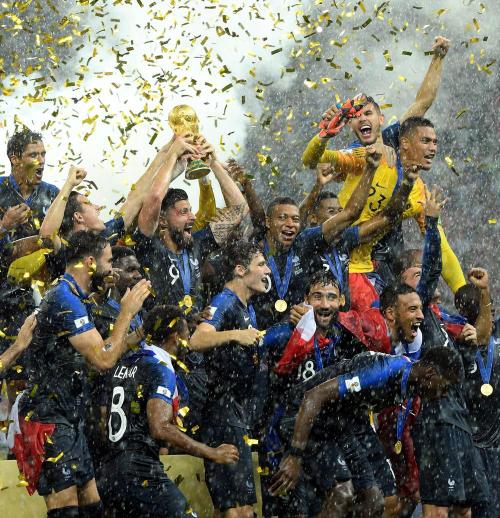 victoire-de-l-equipe-de-france-coupe-du-monde-2018_-_c_lequipe_0.jpg