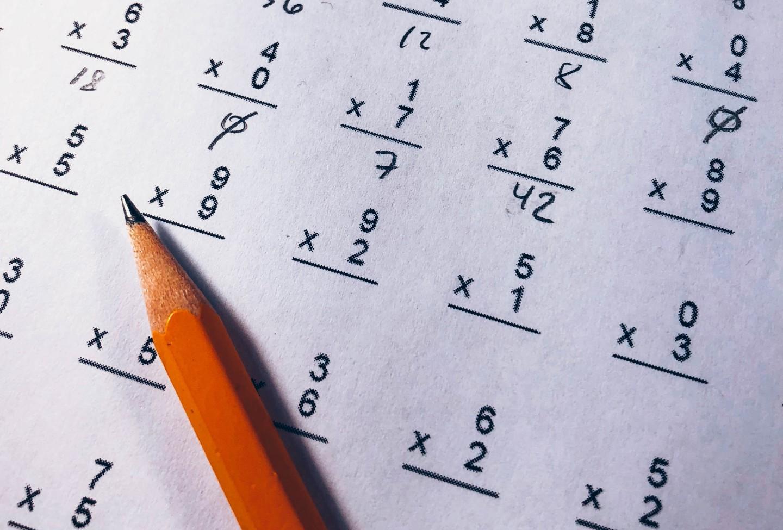 Cette opération mathématique pourtant simple devient virale et affole les internautes - CNEWS