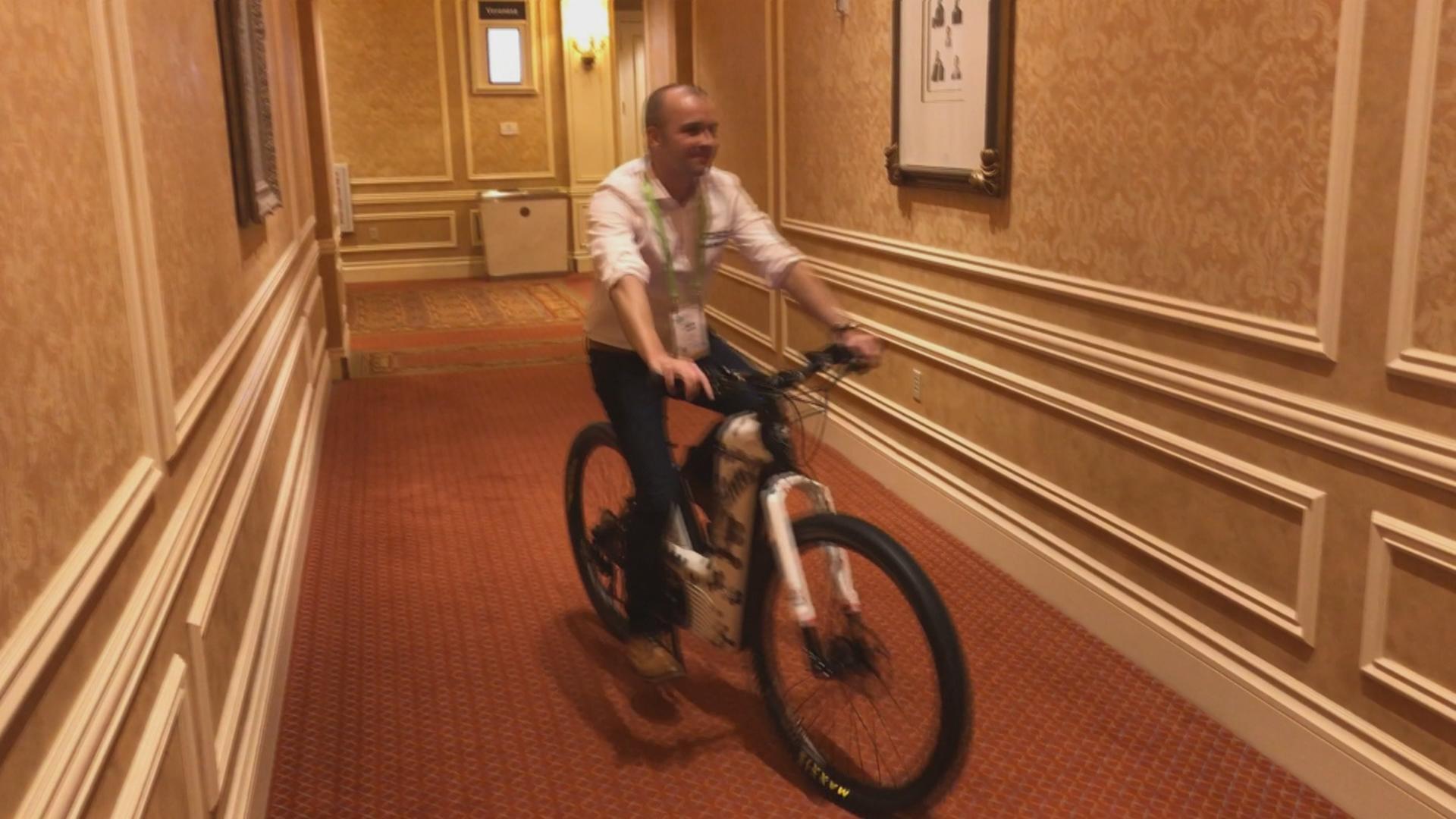 CES 2019: des Français présentent un vélo à hydrogène révolutionnaire