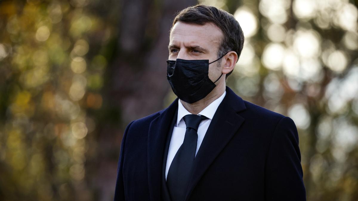 Emmanuel Macron prêt à raviver la mémoire de François Mitterrand