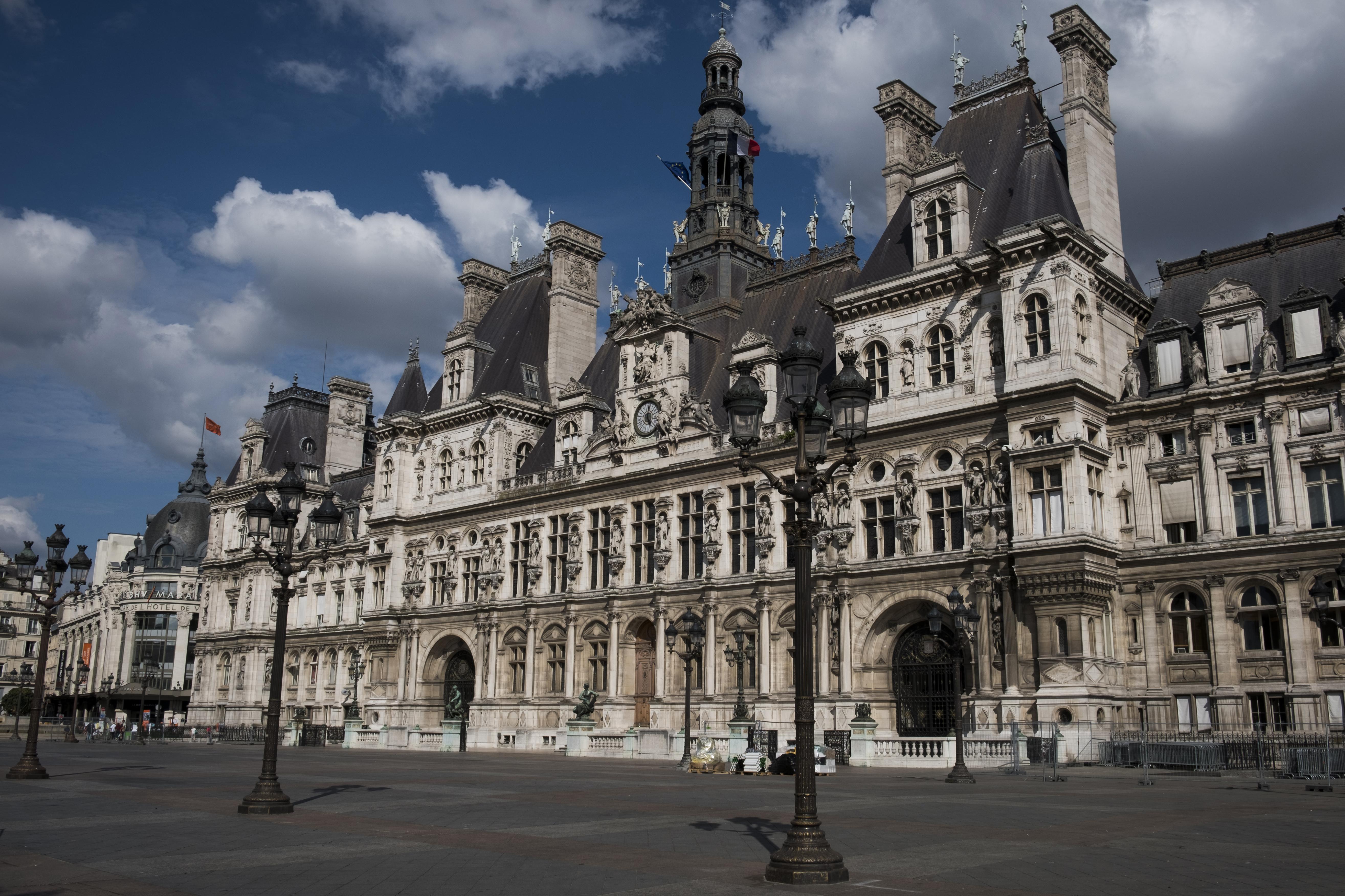 Qui Sont Les Candidats A La Mairie De Paris Www Cnews Fr