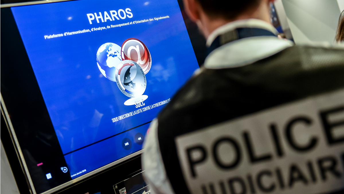 Attentat à Conflans : qu'est-ce que la plate-forme Pharos ?