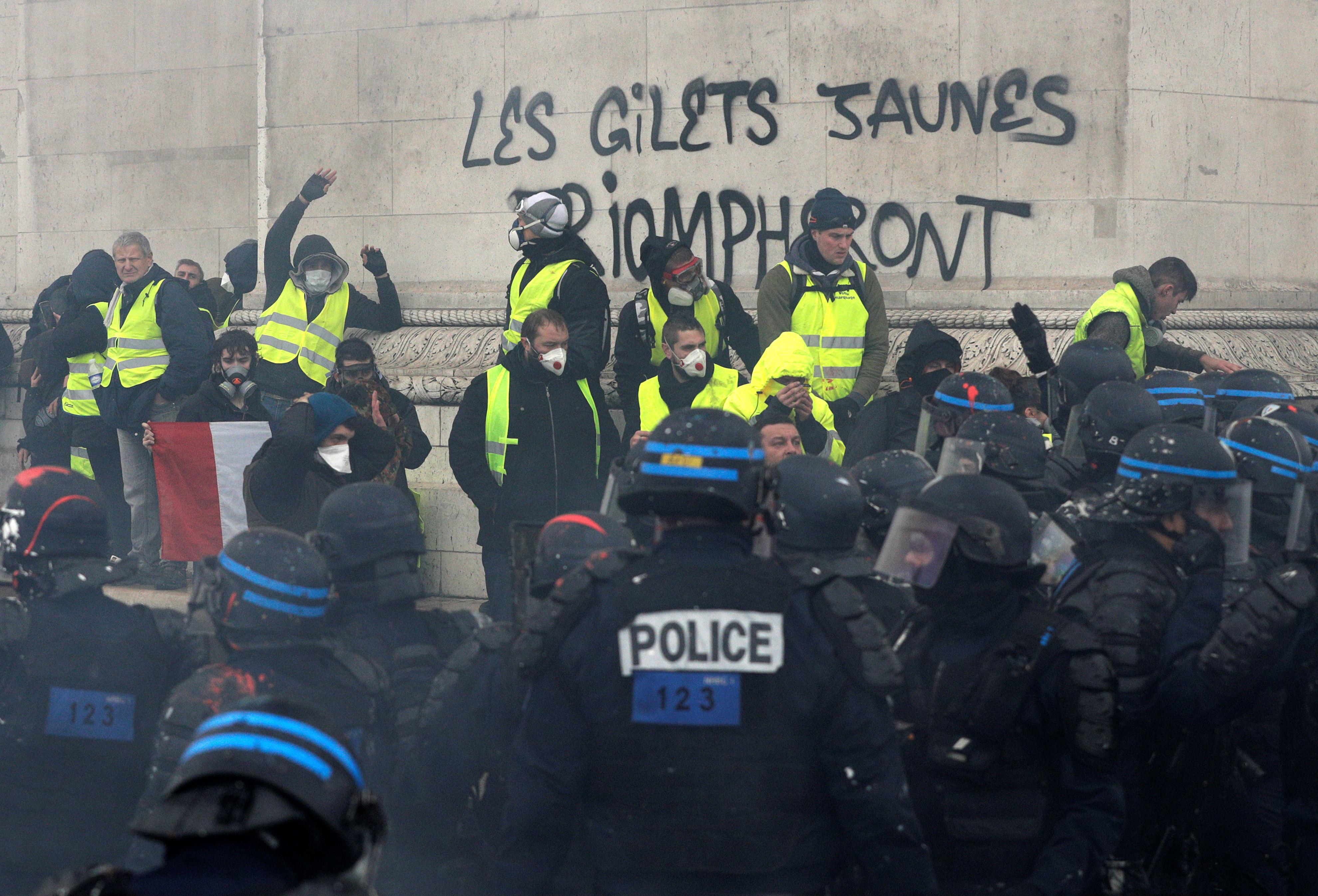 manifestation paris gilets jaunes 8 decembre