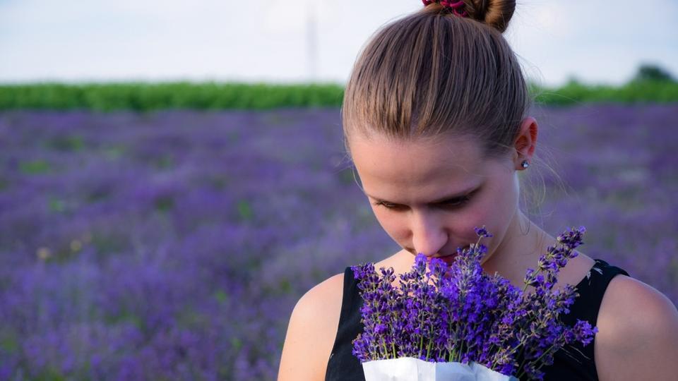 Coronavirus : durée, conséquences, accidents... Une étude se penche sur la perte de l'odorat - CNEWS
