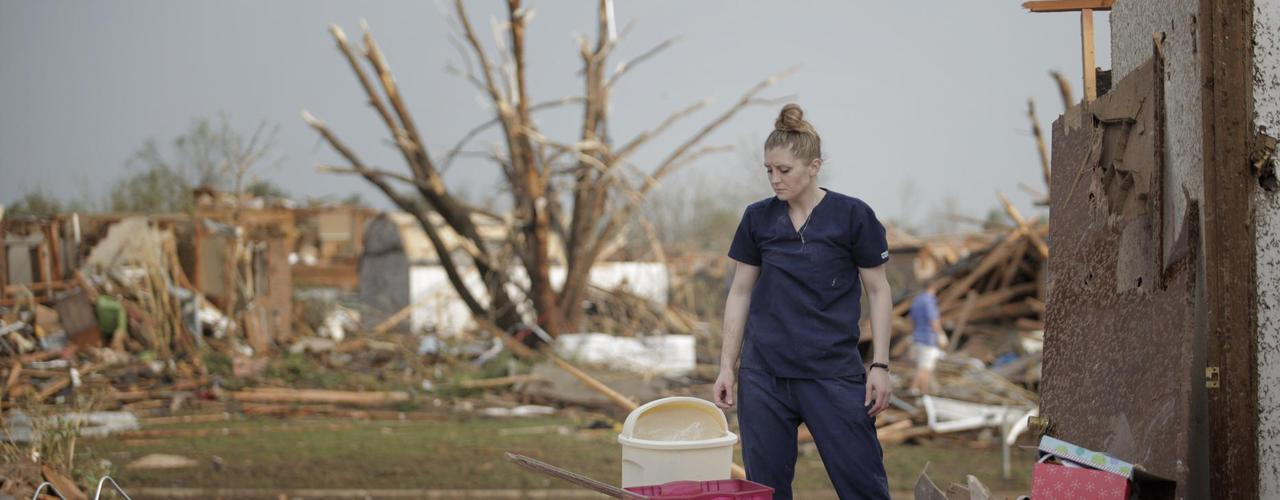 La tornade meurtrière qui a frappé lundi la banlieue d'Oklahoma City a fait au moins 24 morts, selon un dernier bilan établi par les autorités de l'Etat