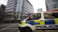 La petite fille a été récupérée par des médecins et hospitalisée dans l'est de la capitale britannique.