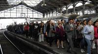 Valérie Pécresse regrette que le remboursement ne concerne que les usagers du TGV.
