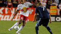 Thierry Henry avec les New York Red Bulls en match de MLS contre le Sporting KC à Harrison dans le New Jersey, le 20 octobre 2012 [Mike Stobe / Getty Images/AFP/Archives]