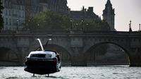 Du lundi 16 au vendredi 20, un prototype de SeaBubbles sera testé sur la Seine, à Paris.