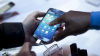 Un smartphone en présentation, le 14 mars 2013 à New York [Allison Joyce / Getty Images/AFP/Archives]