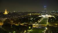 Jusqu'à samedi soir, la tour Montparnasse sera éclairée aux couleurs de l'indice de la qualité de l'air en Ile-de-France.