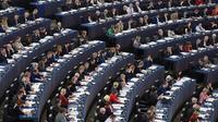 Le parti de centre-droit européen PPE constitue aujourd'hui la première force politique au Parlement européen, devant le groupe de gauche de l'Alliance progressiste des socialistes et démocrates S&D.