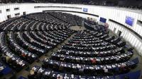 Le PPE (centre droit) et S&D (gauche), qui sont les deux groupes dominants au Parlement européen, ont perdu leur majorité absolue lors de ces élections européennes.