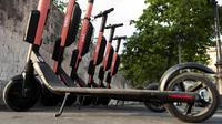 Les trottinettes électriques seraient déjà 15.000 dans les rues de Paris, selon la mairie.