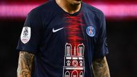 L'équipe de Neymar a porté ce maillot hommage, orné du visuel de l'édifice à la place de l'habituel sponsor Emirates, dimanche contre Monaco (3-1) le jour de son 8e titre.