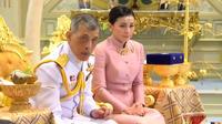 L'annonce a surpris tout le royaume, d'autant qu'elle intervient à trois jours des cérémonies du couronnement du roi Vajiralongkorn.