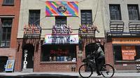 Le bar The Stonewall Inn, à New York, est devenu un emblème de la cause LGBT, à la suite des émeutes de 1969.
