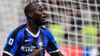 «La seule façon de l'arrêter, c'est de lui donner dix bananes à manger», a déclaré un consultant italien au sujet de l'attaquant de l'Inter Milan Romelu Lukaku.
