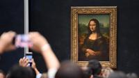 La Joconde est restée dans sa salle au Louvre pendant la durée de l'exposition Leonard de Vinci