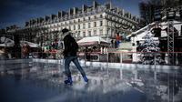 Le marché de Noël des Tuileries a ouvert au public.