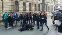 Les activistes sont intervenues en marge du sommet «format Normandie» où Vladimir Poutine était convié.