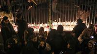 Les rassemblements d'hommage ce sont multipliés le 11 janvier