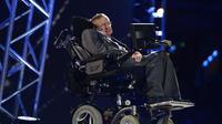L'astrophysicien britannique Stephen Hawking, le 29 août 2012 à Londres [Leon Neal / AFP/Archives]