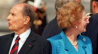 L'ancien président français François Mitterrand et l'ex Premier ministre Margaret Thatcher le 14 juillet 1989 à Paris [Joel Robine / AFP/Archives]