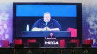 Le fondateur de Megaupload Kim Dotcom lors du lancement de son nouveau site de partage de fichiers Mega, le 20 janvier 2013 à Auckland