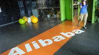 Une employée d'Alibaba au siège de la société à Hangzhou (est de la Chine), le 20 juin 2012 [Peter Parks / AFP/Archives]